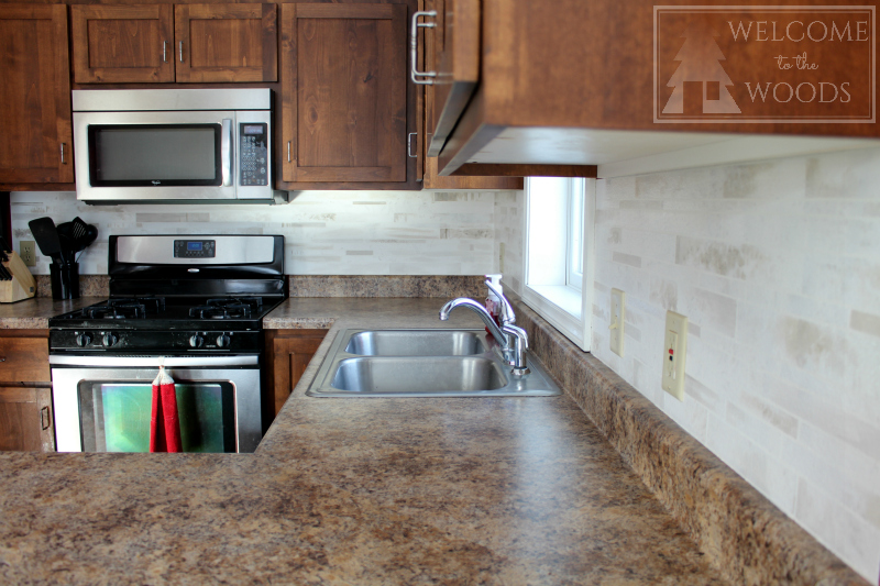 Paint your back splash to look like faux marble tile!