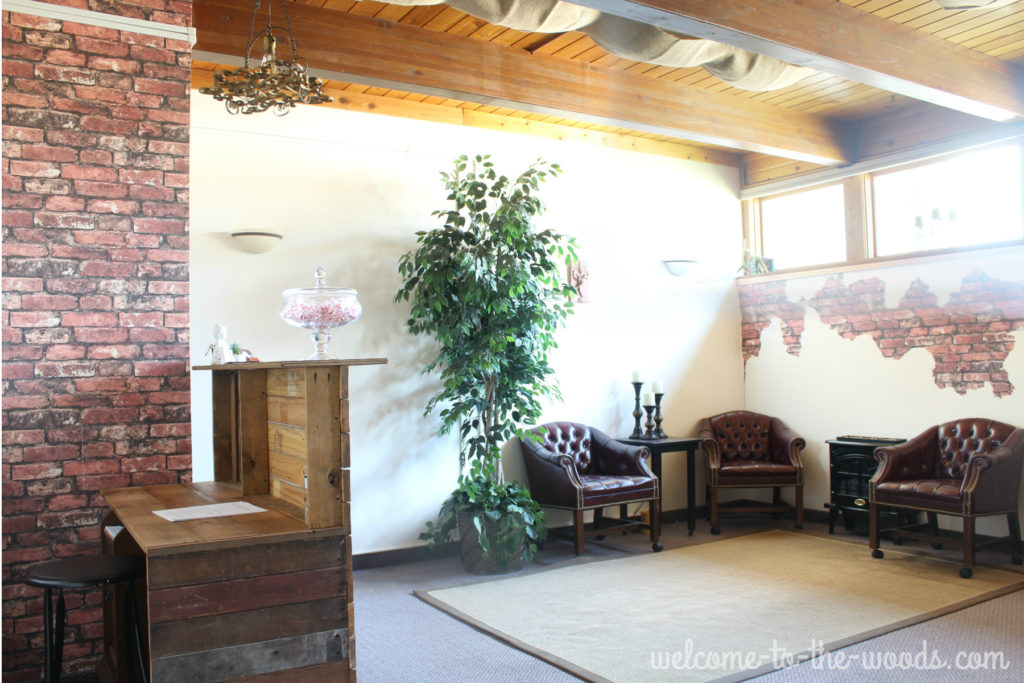 Build a reception desk with reclaimed barn or pallet wood to make a stunning office space.
