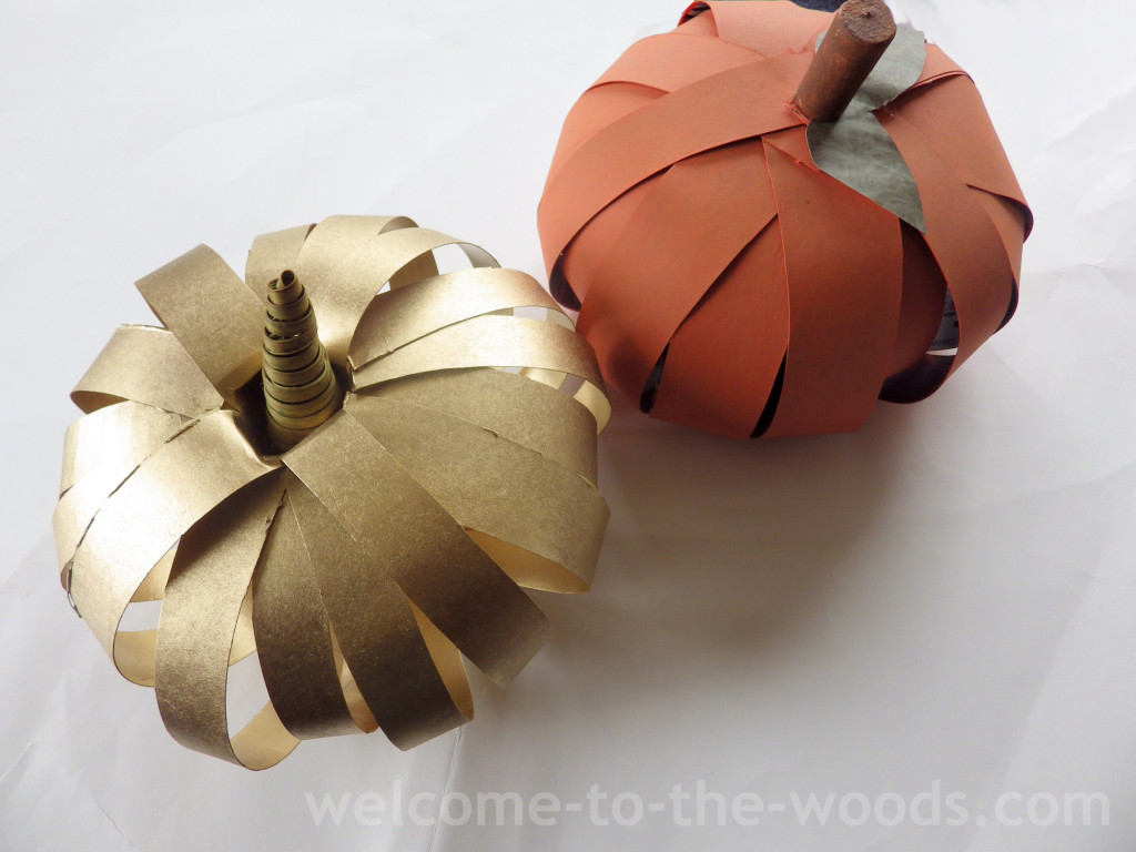 diy pumpkin projects - cardboard pumpkins