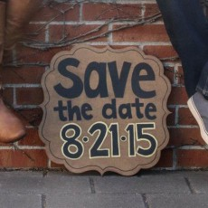 save the date sign ideas for engagement photos