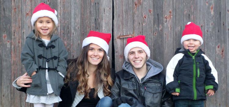 Take Your Own Family Photos This Christmas