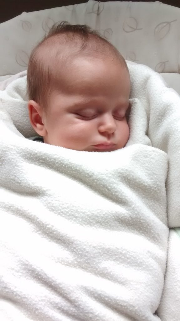 How to Sleep Train Your Baby To Sleep Through the Night. Great tips and advice for new moms!