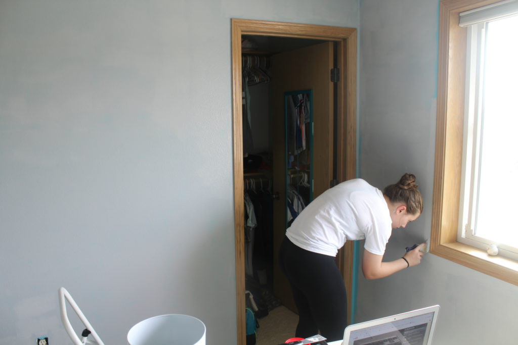 Painting bedroom walls gray