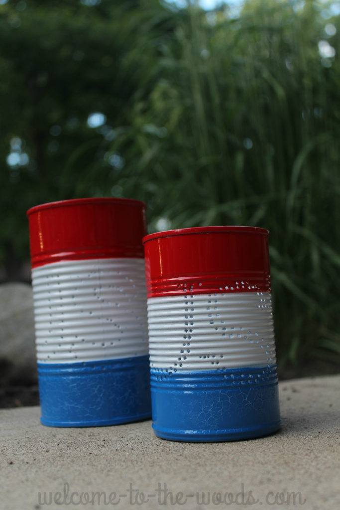 Make these adorable Independence Day candle holders for your patio party this 4th of July.