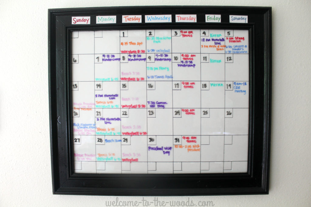 Get organized for back to school with this dry erase calendar diy craft tutorial.