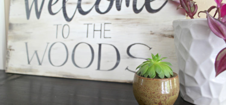 Distressed Wood Sign DIY Tutorial