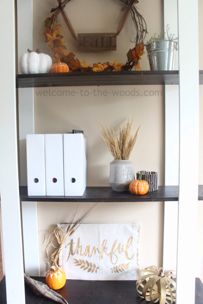 Shelf shelves decor ideas pumpkins wreath candles sign and driftwood all are festive ideas for autumn