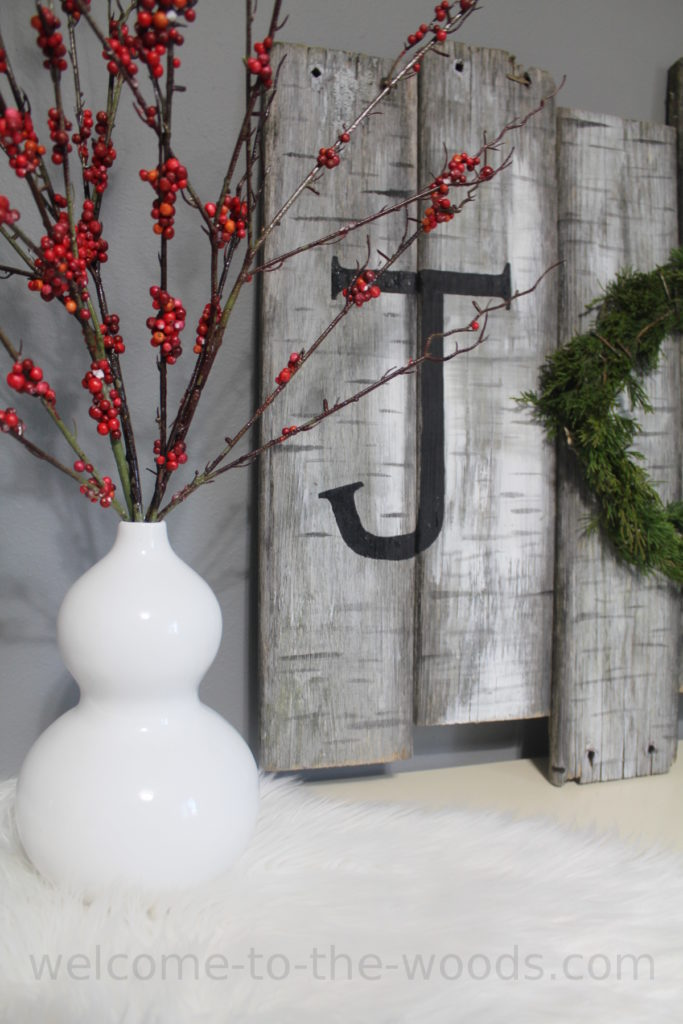 This Christmas decor idea will be the perfect table, shelf, or wall decor to decorate for the holidays! Video tutorial included.