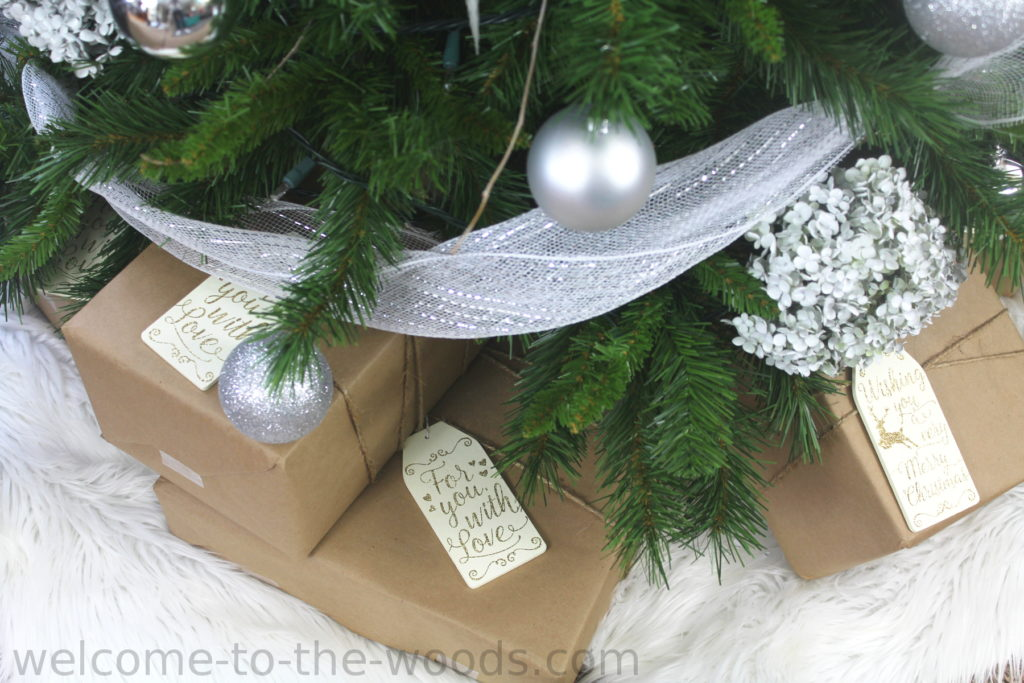 Brown paper gift wrap idea, sparkly gift tags and wrapped with jute twine