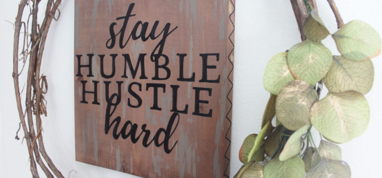Perfect Hand-Lettering on Wood Signs